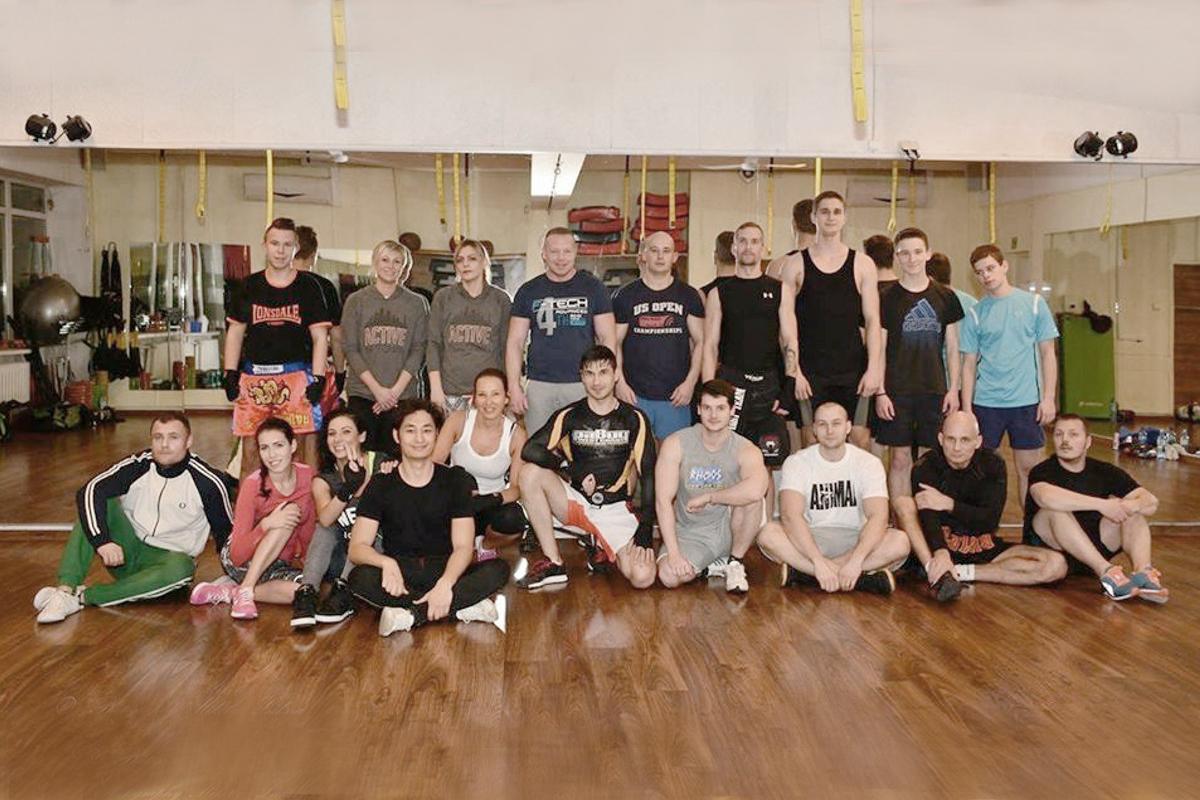 Ekipa - Klub Muay Thai 300